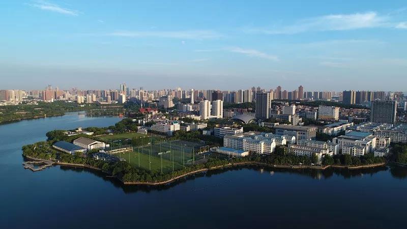 俯瞰武汉体育学院.jpg